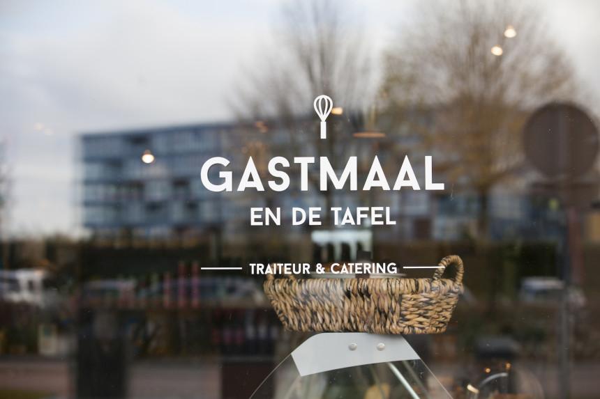 Gastmaal Café Utrecht traiteur biologisch eten uit puur traiteur witte vrouwen