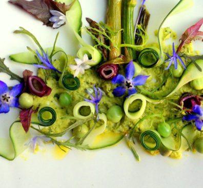 Humus Puur! asperges op 'plantenaarde'