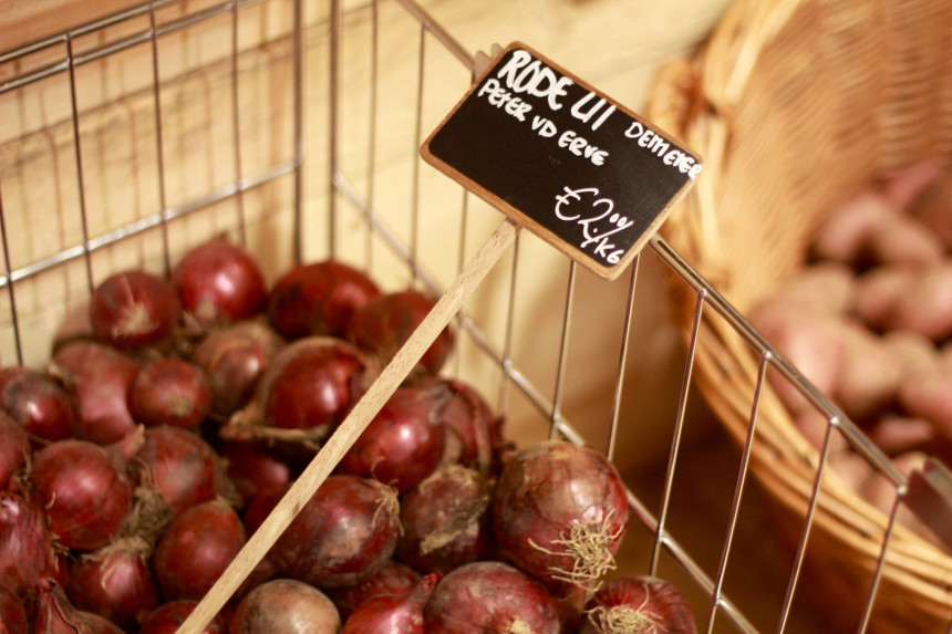 Rechtstreex Fenix Food Factory biologisch BD biologisch-dynamisch boodschappen rode ui