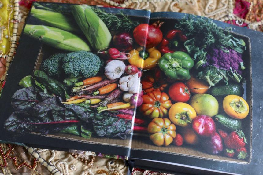 Eat vegan kookboek met winactie puur uit eten for Kookboek veganistisch