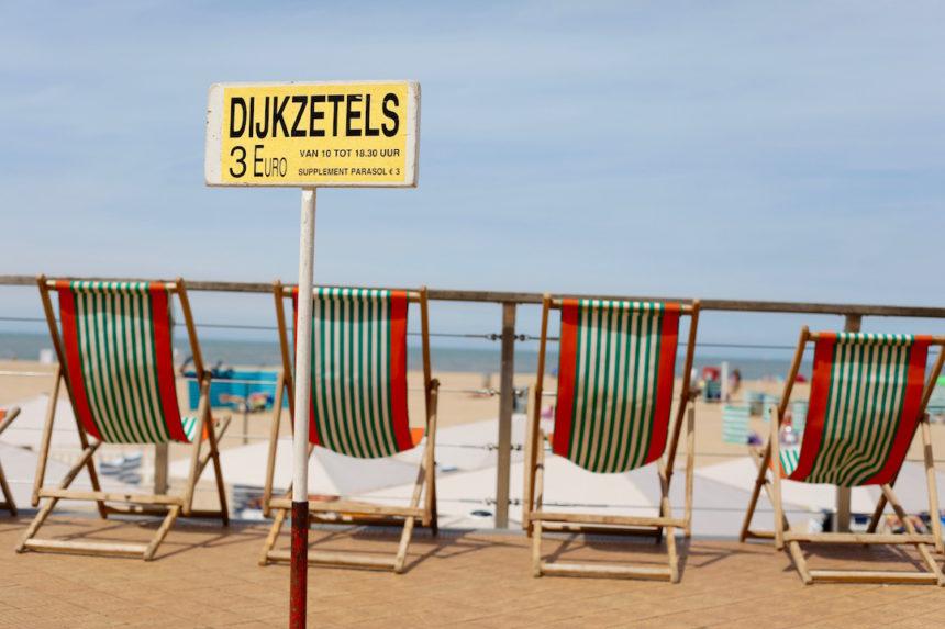 Dijkzetels Oostende strand puuruiteten
